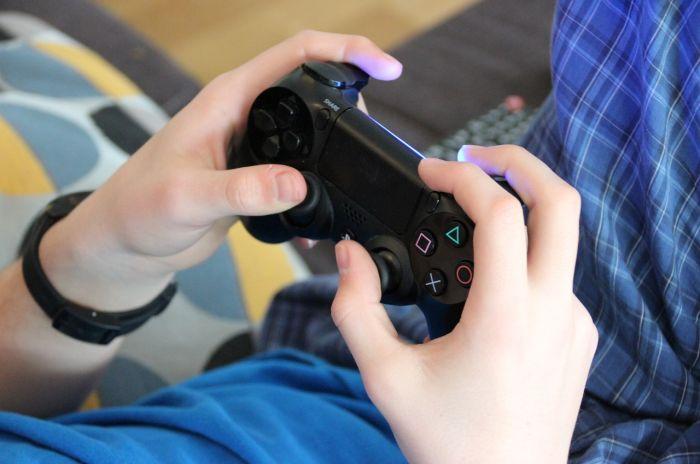 10 Videojuegos Que No Deberias Comprar A Tus Hijos Hijos Y